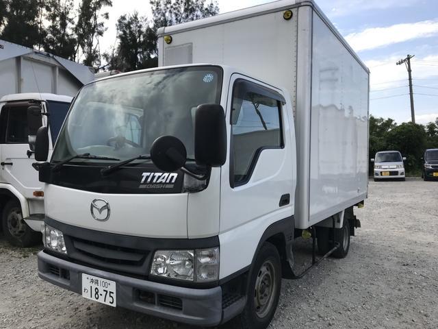 沖縄の中古車 マツダ タイタントラック 車両価格 109万円 リ済別 平成16年 5.0万km ホワイト