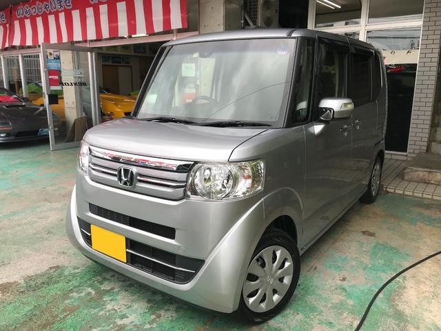 沖縄の中古車 ホンダ N-BOX 車両価格 97万円 リ済込 2016(平成28)年 3.5万km シルバー