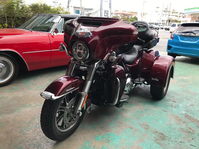 沖縄の中古車 アメリカその他 アメリカその他 車両価格 400万円 リ済込 2016(平成28)年 0.3万km ワイン