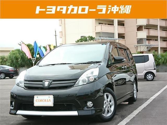 沖縄の中古車 トヨタ アイシス 車両価格 158万円 リ済別 2015(平成27)年 3.0万km ブラック