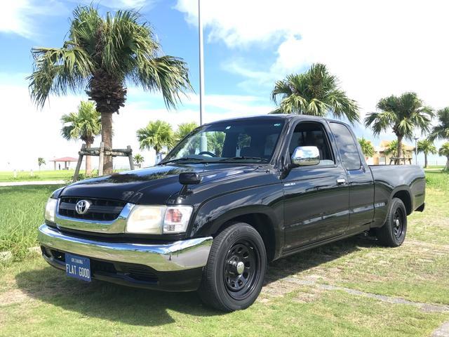沖縄の中古車 トヨタ ハイラックススポーツピック 車両価格 132万円 リ済込 2003(平成15)年 30.0万km ブラック