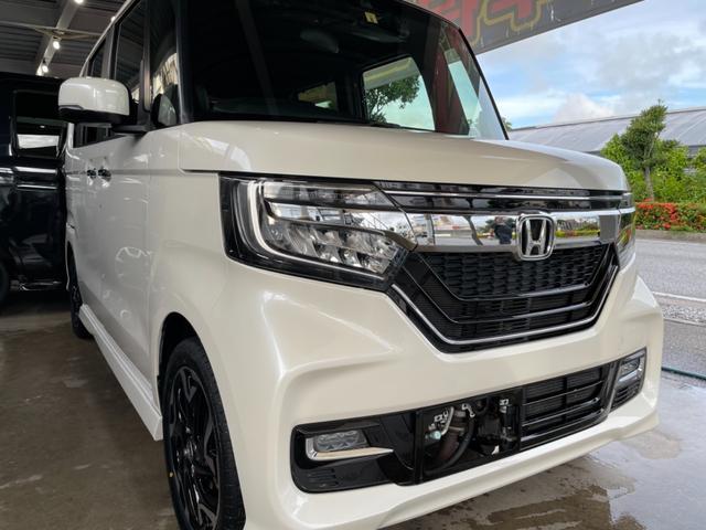 沖縄の中古車 ホンダ N-BOXカスタム 車両価格 139万円 リ済込 2017(平成29)年 7.6万km パールホワイト