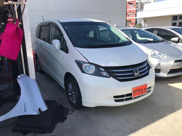沖縄の中古車 ホンダ フリード 車両価格 45万円 リ済込 2010(平成22)年 8.3万km パール
