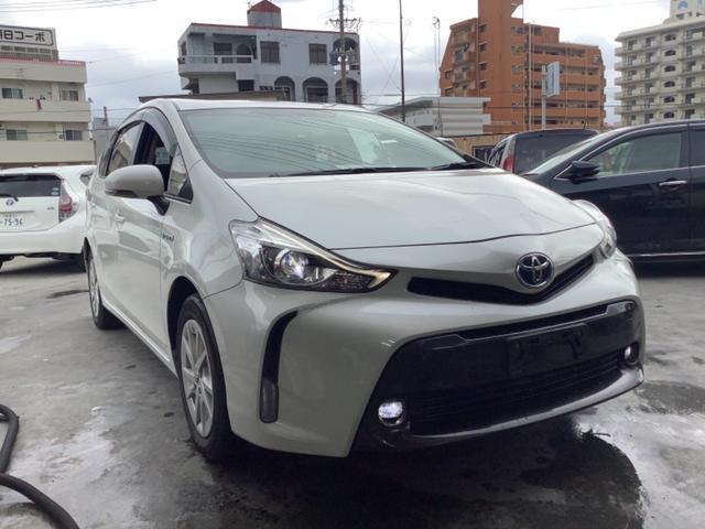 沖縄県の中古車ならプリウスアルファ S 2年修理保証