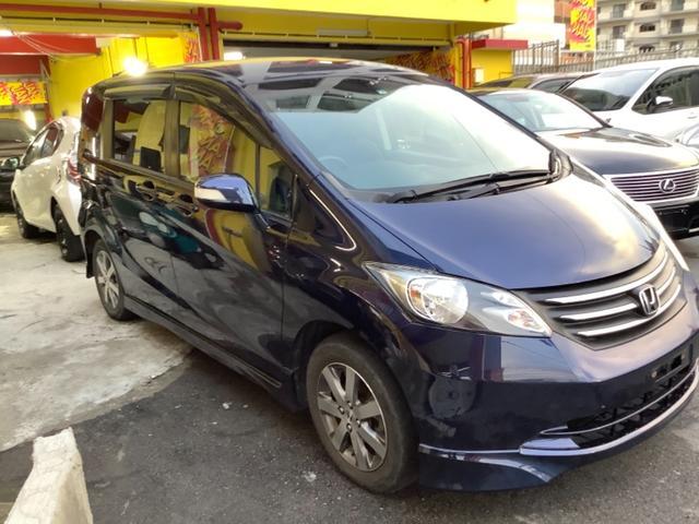 沖縄の中古車 ホンダ フリード 車両価格 33万円 リ済込 2010(平成22)年 8.2万km ダークブルー