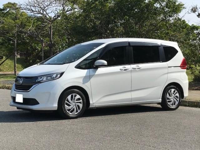 沖縄の中古車 ホンダ フリード 車両価格 178万円 リ済込 2018(平成30)年 4.9万km パールホワイト