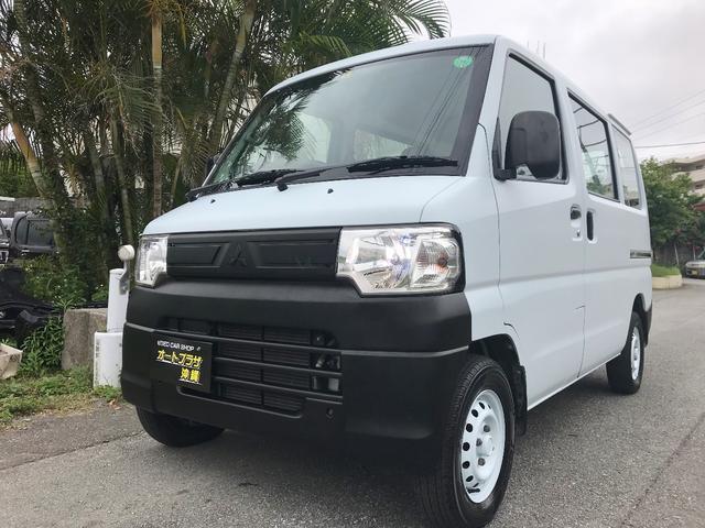 沖縄の中古車 三菱 ミニキャブバン 車両価格 39万円 リ済込 平成24年 13.9万km ライトブルー