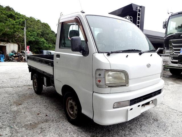 沖縄の中古車 ダイハツ ハイゼットトラック 車両価格 20万円 リ済込 2004(平成16)年 12.8万km ホワイト