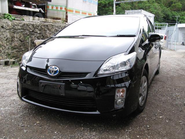 沖縄の中古車 トヨタ プリウス 車両価格 63万円 リ済込 2011(平成23)年 7.7万km ブラック