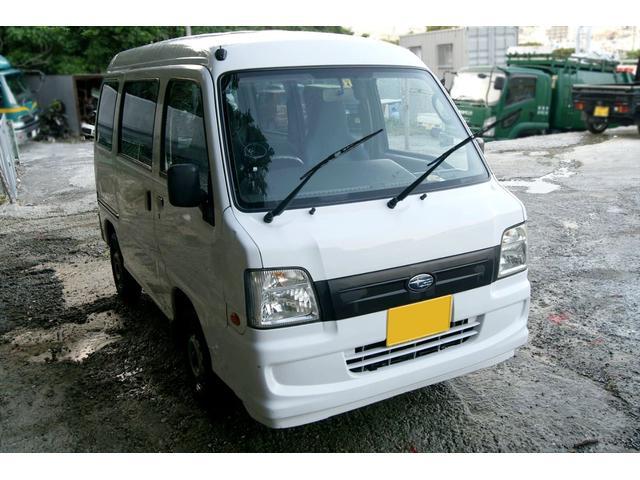 沖縄の中古車 スバル サンバーバン 車両価格 17万円 リ済込 2006(平成18)年 10.4万km ホワイト