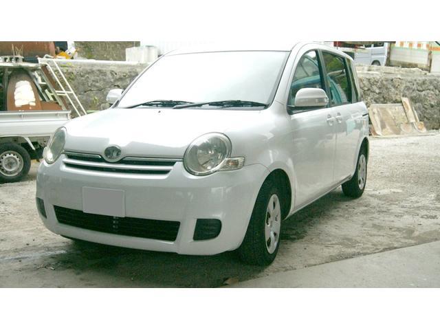 沖縄の中古車 トヨタ シエンタ 車両価格 10万円 リ済込 2007(平成19)年 14.3万km ホワイト