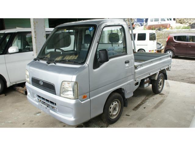 沖縄の中古車 スバル サンバートラック 車両価格 21万円 リ済込 2003(平成15)年 13.1万km シルバー