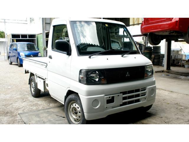 沖縄の中古車 三菱 ミニキャブトラック 車両価格 39万円 リ済込 2006(平成18)年 6.4万km ホワイト