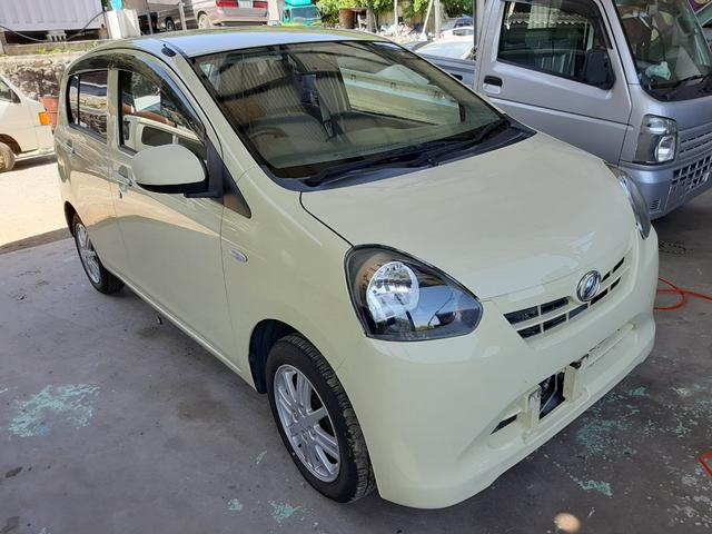 沖縄の中古車 ダイハツ ミライース 車両価格 19万円 リ済込 2012(平成24)年 11.0万km イエロー