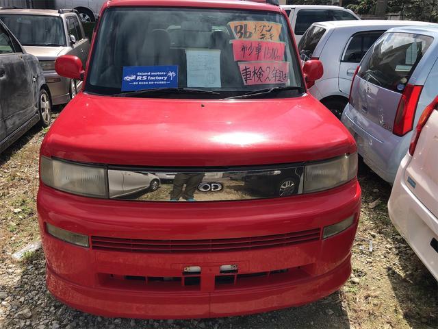 沖縄の中古車 トヨタ bB 車両価格 15万円 リ済込 2001(平成13)年 24.4万km レッド