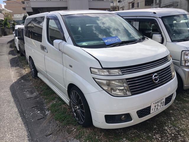 沖縄の中古車 日産 エルグランド 車両価格 25万円 リ済込 2003(平成15)年 17.8万km パール