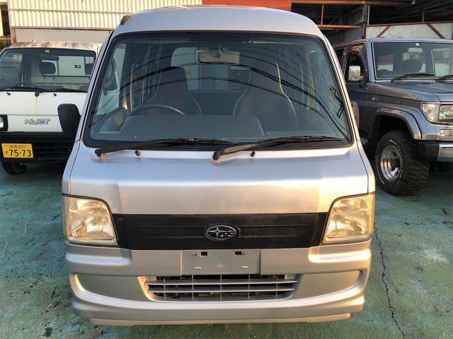 沖縄の中古車 スバル サンバーバン 車両価格 24万円 リ済込 2007(平成19)年 13.0万km シルバー