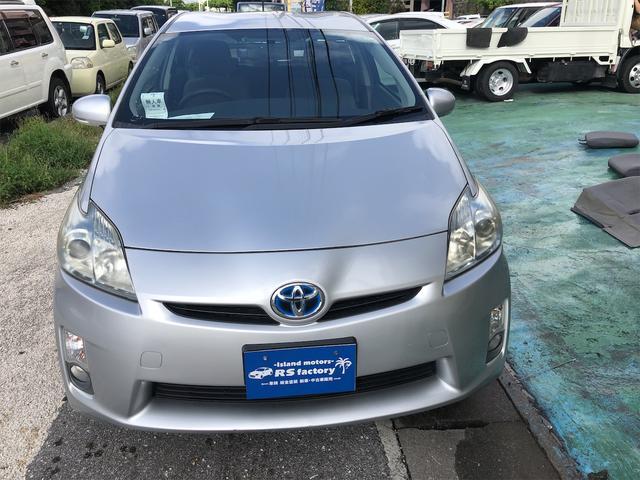 沖縄の中古車 トヨタ プリウス 車両価格 59万円 リ済込 2010(平成22)年 9.2万km シルバーM