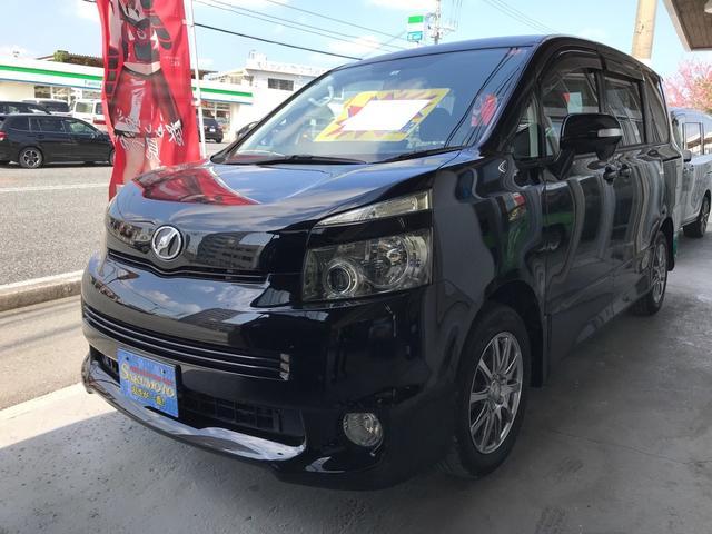 沖縄県の中古車ならヴォクシー ZS スマートキー プッシュスタート 両側パワースライドドア ナビ TV バックカメラ 社外アルミ 3列シート