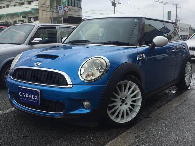 沖縄の中古車 MINI MINI 車両価格 69.8万円 リ済別 2007(平成19)年 10.7万km ブルーII