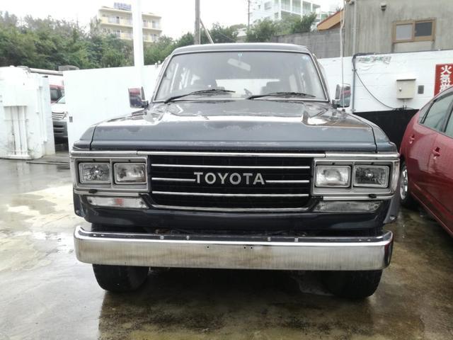 沖縄の中古車 トヨタ ランドクルーザー60 車両価格 89万円 リ済別 1989(平成1)年 38.2万km グレーM