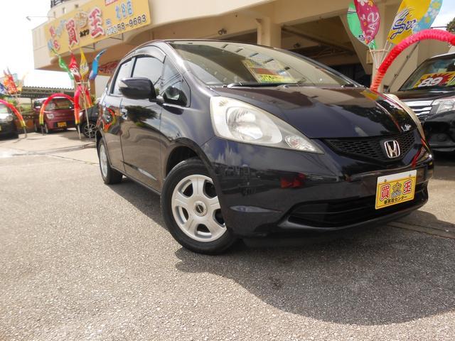 沖縄の中古車 ホンダ フィット 車両価格 15万円 リ済別 2008(平成20)年 14.1万km パープル