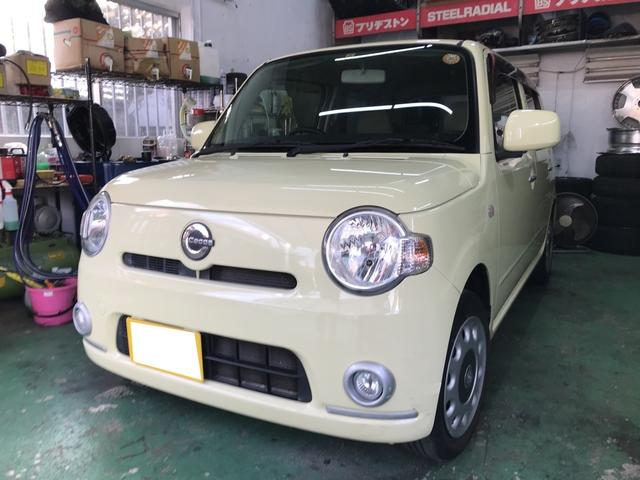 沖縄の中古車 ダイハツ ミラココア 車両価格 39万円 リ済込 平成22年 11.7万km コットンアイボリー