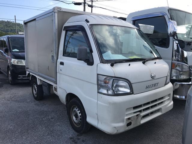 沖縄の中古車 ダイハツ ハイゼットトラック 車両価格 34万円 リ済込 2009(平成21)年 11.2万km ホワイト