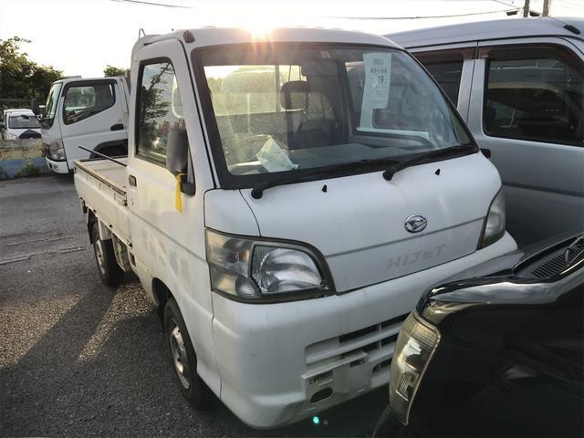 沖縄の中古車 ダイハツ ハイゼットトラック 車両価格 39万円 リ済込 2006(平成18)年 11.0万km ホワイト