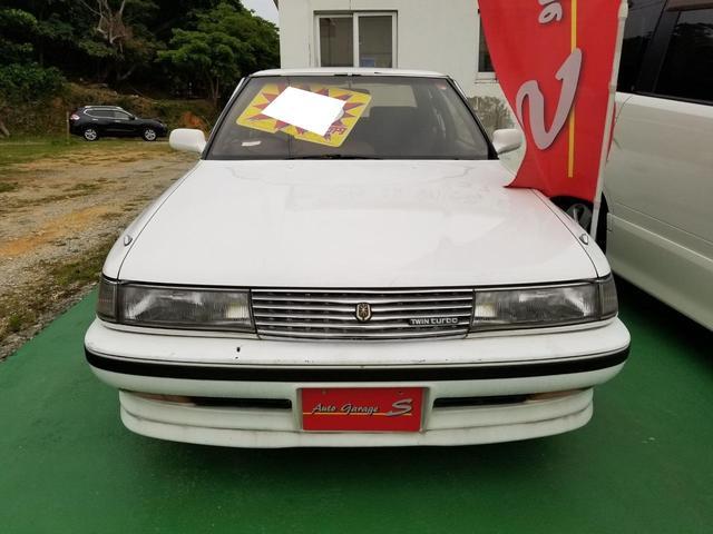 沖縄の中古車 トヨタ マークII 車両価格 99万円 リ済込 1990(平成2)年 17.9万km ホワイト