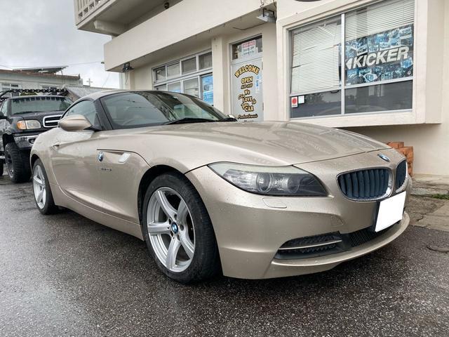 沖縄の中古車 BMW Z4 車両価格 139万円 リ済込 2009(平成21)年 7.1万km シャンパンゴールド