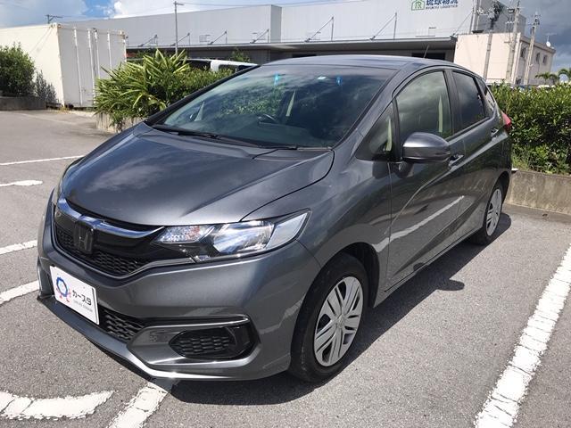 沖縄の中古車 ホンダ フィット 車両価格 151.2万円 リ済込 2017(平成29)年 3.1万km グレー