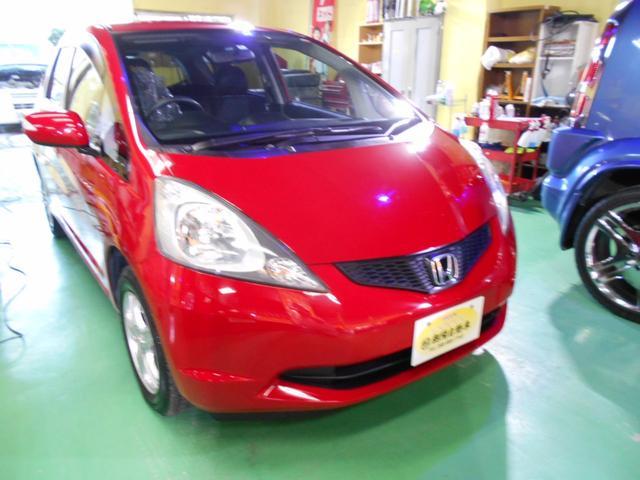 沖縄の中古車 ホンダ フィット 車両価格 39万円 リ済込 平成20年 6.4万km レッド