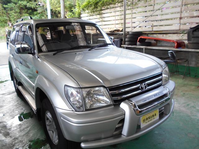沖縄の中古車 トヨタ ランドクルーザープラド 車両価格 85万円 リ済込 1999(平成11)年 11.0万km ゴールドM