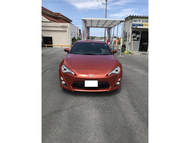 沖縄の中古車 トヨタ 86 車両価格 123万円 リ済別 2012(平成24)年 9.0万km オレンジ