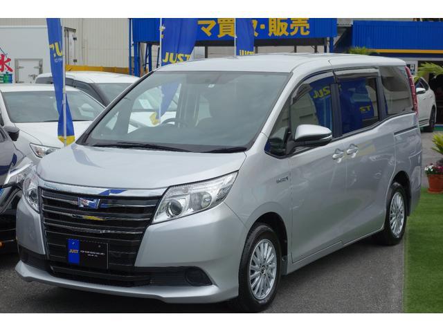 沖縄の中古車 トヨタ ノア 車両価格 205万円 リ済込 平成27年 5.7万km シルバーM