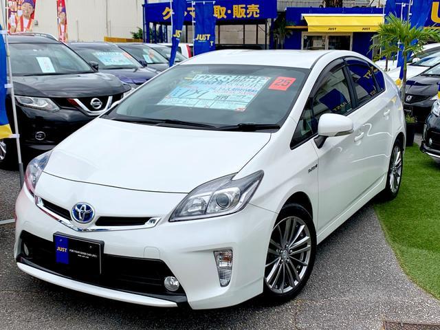 沖縄の中古車 トヨタ プリウス 車両価格 118万円 リ済込 2013(平成25)後 5.5万km パールホワイト