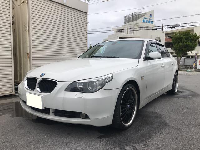 沖縄の中古車 BMW BMW 車両価格 50万円 リ済別 2004年 12.7万km パールホワイト