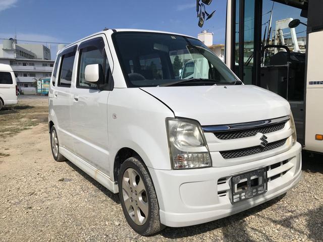 沖縄の中古車 スズキ ワゴンR 車両価格 19.8万円 リ済別 2006(平成18)年 12.1万km パールホワイト