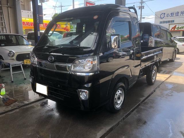 沖縄の中古車 ダイハツ ハイゼットトラック 車両価格 120万円 リ済込 2017(平成29)年 0.5万km ブラックIII