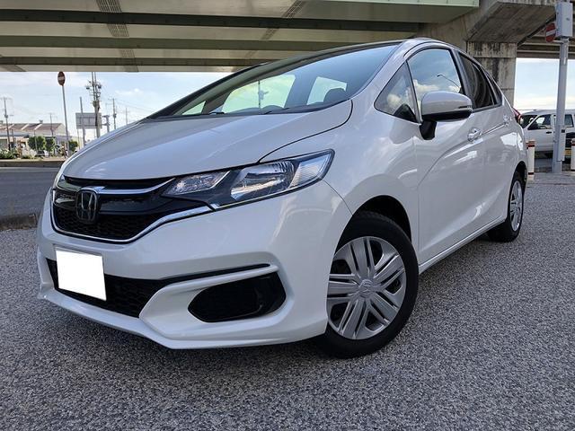沖縄の中古車 ホンダ フィット 車両価格 122.5万円 リ済別 2019(平成31)年 1.1万km ホワイト