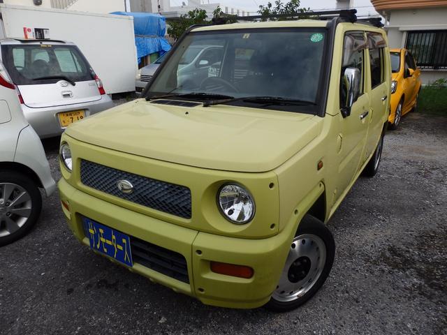 沖縄の中古車 ダイハツ ネイキッド 車両価格 25万円 リ済込 2001(平成13)年 13.3万km イエロー