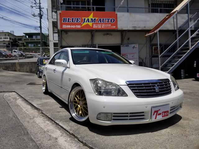 沖縄の中古車 トヨタ クラウン 車両価格 59万円 リ済込 2007(平成19)後 14.9万km パールホワイト
