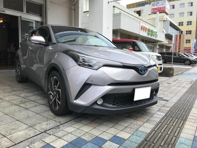 沖縄の中古車 トヨタ C-HR 車両価格 203万円 リ済込 2017(平成29)後 7.2万km メタルストリームメタリック