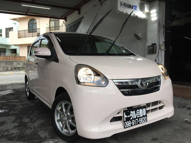 沖縄の中古車 トヨタ ピクシスエポック 車両価格 43万円 リ済込 2013(平成25)年 2.0万km ピンク