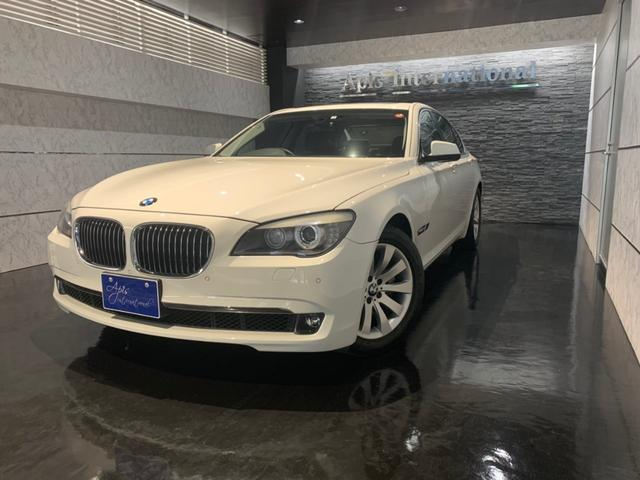 BMW BMW 740i 純正ナビゲーション バックカメラ サンルーフ