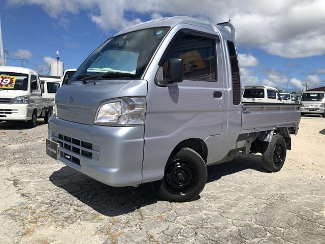 沖縄の中古車 ダイハツ ハイゼットトラック 車両価格 65万円 リ済込 2010(平成22)年 6.1万km シルバー