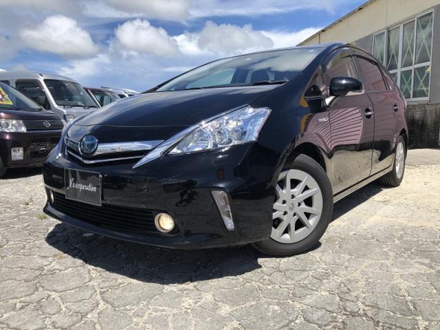 沖縄の中古車 トヨタ プリウスアルファ 車両価格 118万円 リ済込 2013(平成25)年 7.4万km ブラックM