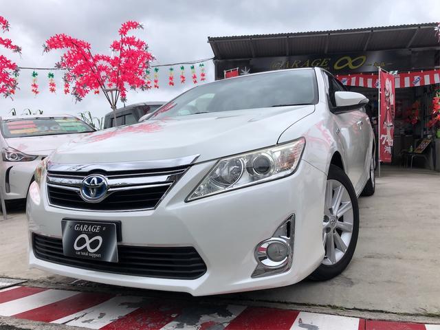 沖縄県うるま市の中古車ならカムリ ハイブリッド Gパッケージ パワーシート HIDヘッドライト リアフィルム貼り プッシュスタート トランクスポイラー付き 本土仕入・無事故車 24ヵ月保証付き
