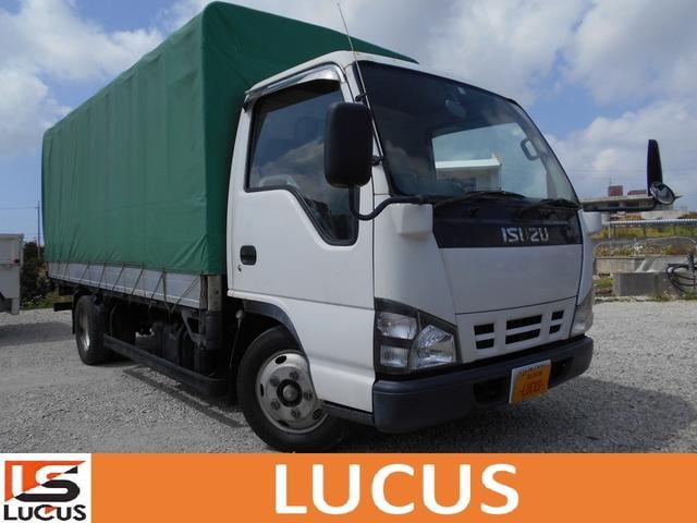 沖縄県の中古車ならエルフトラック ロングフラットロー 幌付き 積載2t MT 4800cc 標準 下廻り錆止め処理 荷台長さ4.35m幅1.79m高1.70m 総重量4735kg ETC